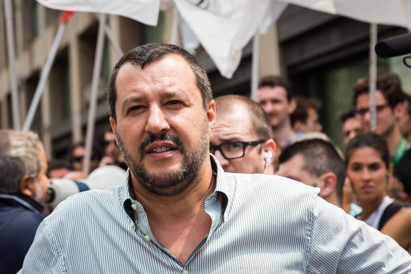 Comunicazione politica: gli auguri di Matteo Salvini per la Festa della Mamma